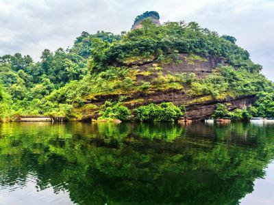 Xianglong Lake