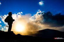 震撼火山口探秘之旅