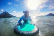 在龙目岛一定要去冲浪啊!