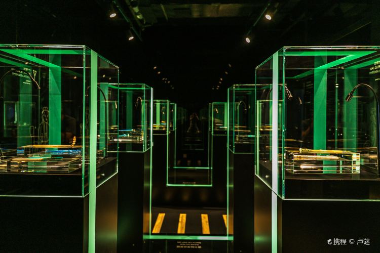 Shanghai Museum of Glass3