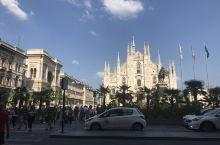 米兰大教堂:世界最大教堂之一