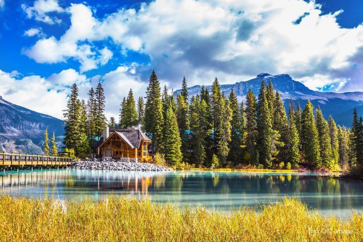 Emerald Lake4