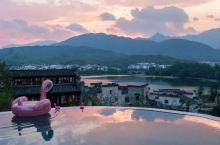 限时买一送一,坐拥飘雪温泉和无边泳池,人均200睡进华东最后一波顶级秋色!