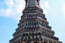 登上这座寺庙,整个曼谷尽收眼底