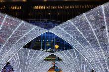 头一次在日本过圣诞节,喧闹的气氛赶上过年的庙会了