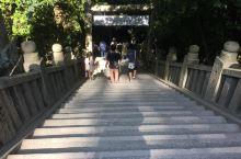 """决定去金刀比罗宫是因为它有一个牛比的名字。金刀比罗宫位于香川县西部的象头山上。这里因供奉着被称为""""金"""