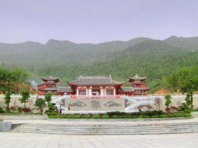 Shoufo Temple (South Gate)
