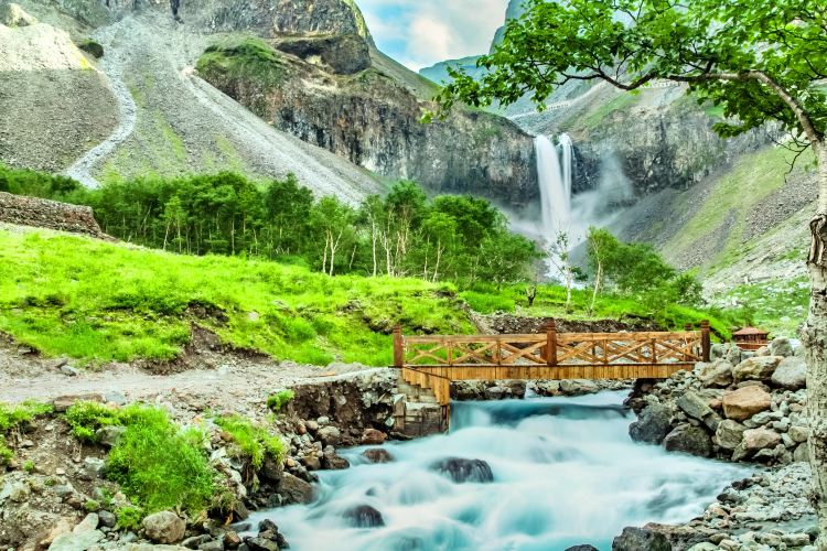 Changbai Waterfall
