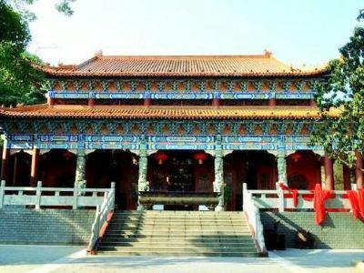 Xiangshan Temple (Southwest Gate)