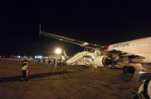 凌晨3点的达喀尔国际机场