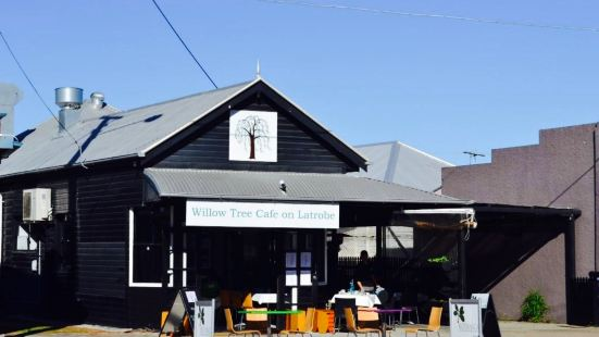 Willow Tree Cafe on Latrobe
