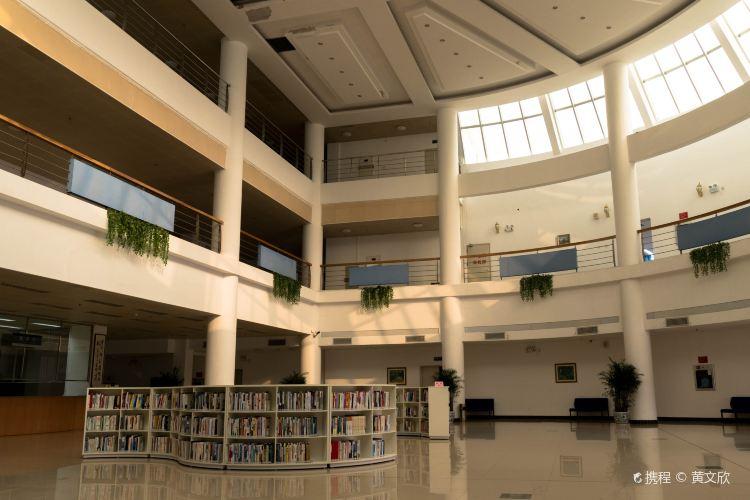 Jinan University2