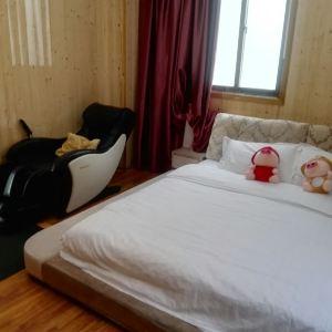 猪头三台湾香肠旅游景点攻略图