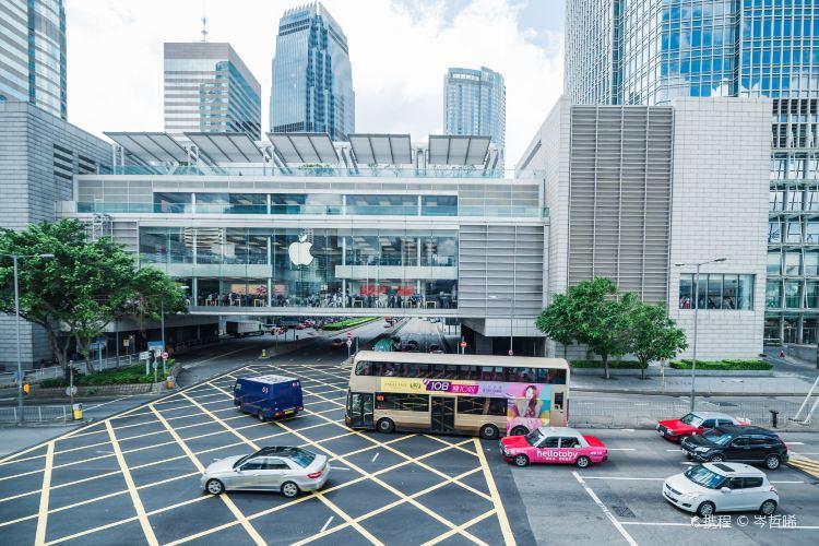 Hong Kong ifc mall1