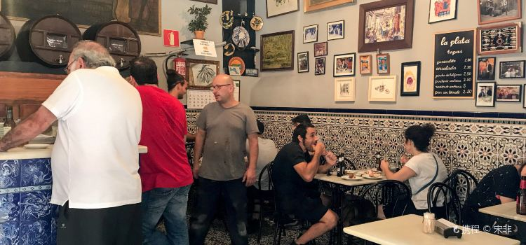 Bar La Plata2