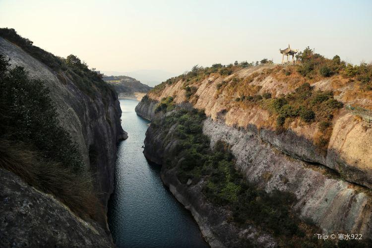 Fangshan Nansongyan Scenic Area1