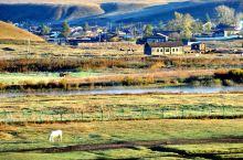 额尔古纳河对岸的俄罗斯村庄