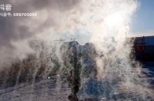 北极村玩泼水,瞬间变雪花