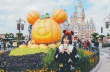 #在当地过节#  万圣节🎃去迪士尼参加party