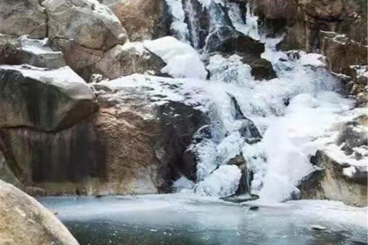 Laiwu Caishixi Sceneic Area1