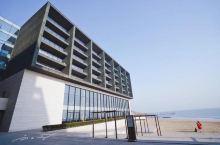 """山东青岛的七星级酒店,每晚住宿数千元,怎么会""""破破旧旧""""的?"""