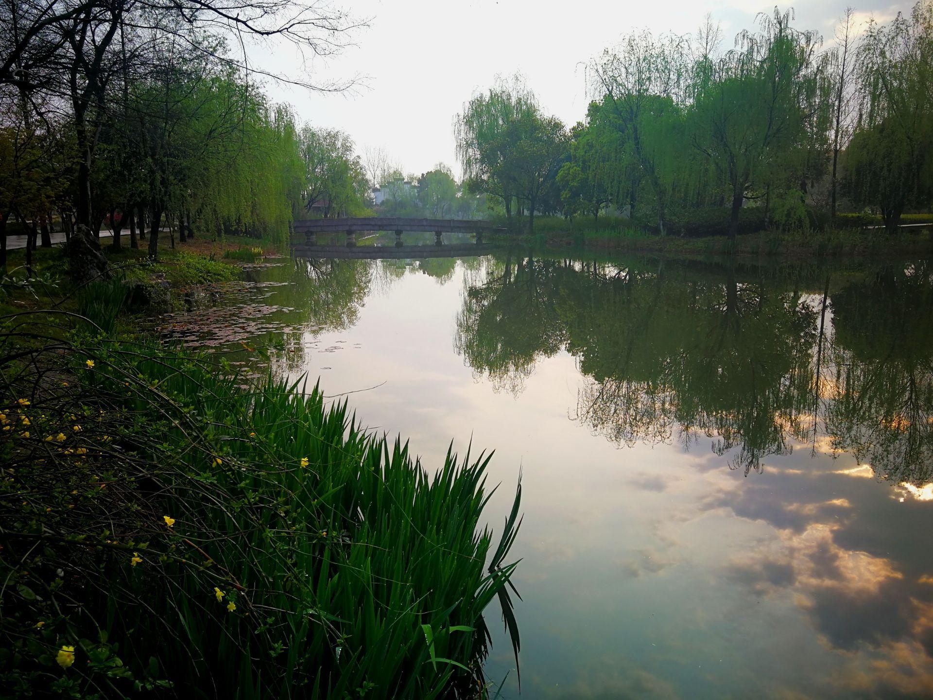 白马湖生态创意�_杭州白马湖生态创意城攻略,杭州白马湖生态创意城门票/游玩攻略