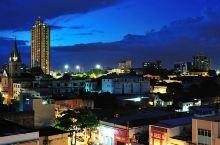 玛瑙斯,位于亚马逊河边的小城,充满热带风情和历史故事。我们决定多住一天,得以了解一下这个已有300多
