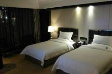 值得一去的酒店——兰考香巴拉雅酒店  装饰典雅舒适,充分展现了现代酒店的豪华与别致,让您领略和感受到
