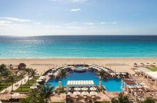 值得一去的酒店——坎昆万豪度假酒店(Marriott Cancun Resort)  海景套房,阳台