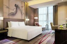 值得一去的酒店——马鞍山富力万达嘉华酒店  酒店五楼配备了世界一流品牌的健身与休闲设施,包括室内恒温