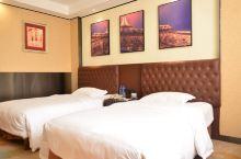 值得一去的酒店——泗洪中昊凤凰国际酒店  环境服务态度非常好,安溪的风景非常棒,人土乡情非常好  【