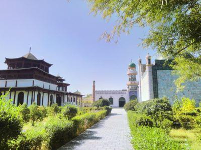 Hami Emperors Cemetery of Hui Nationality