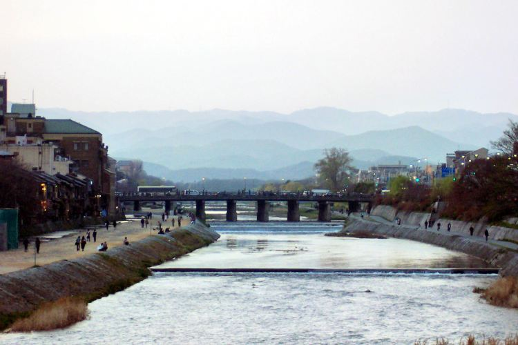 Shijo Bridge