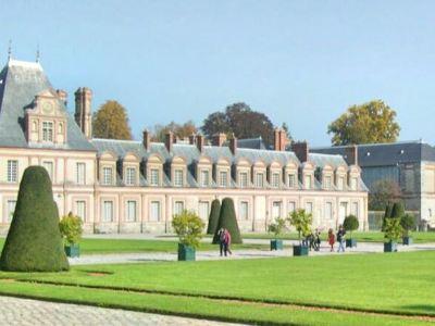 Cour du Cheval Blanc