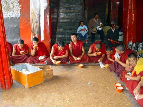 西藏旅游:瞻仰日喀则扎什伦布寺(图) – 日喀则游记攻略插图10