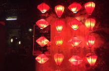 会安夜晚的灯笼点亮希望、平安、美好