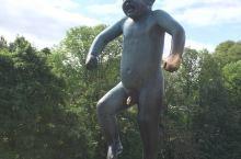 挪威奥斯陆雕塑公园又叫生命公园
