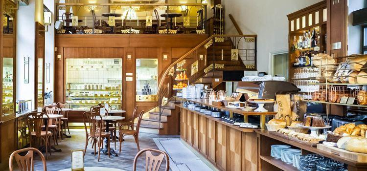 Cafe Savoy