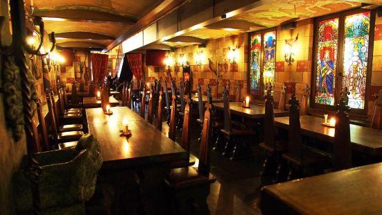 Sir Lancelot Knights' Restaurant