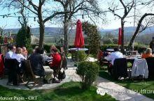 在诺曼底地区的最早建筑及100%的田园环境中享用午餐