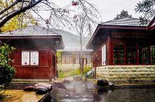 藏在雪山脚下的温泉胜地,美景、养生、娱乐一个不落下!