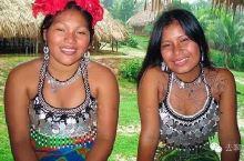 巴拿马运河上的古怪部落 用中国进口的珍珠做内衣