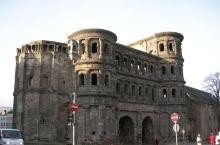 特里尔的尼格拉城门
