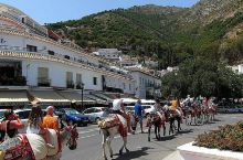 米哈斯小镇,西班牙的迷人度假胜地