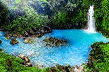 哥斯达黎加探险,无意间发现一处每天都有免费温泉泳装派对隐秘景点