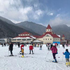 西岭雪山滑雪场旅游景点攻略图
