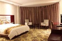 值得一去的酒店——平武县九州锦都大酒店  周边有明代古城墙、土司行署、水田羌乡云端公路上的千年活化石
