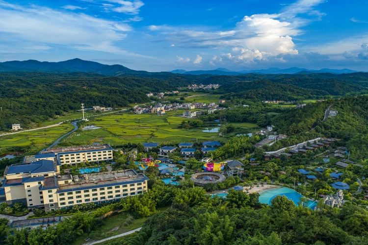 Yeyuan Hotspring Holiday Hotel