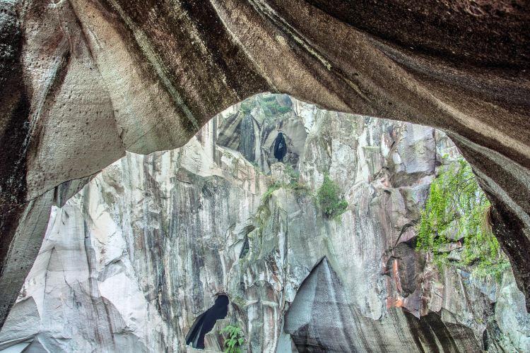 Changyu Stone Cave4