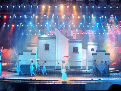 쿤산 「사계절의 저우좡」 공연